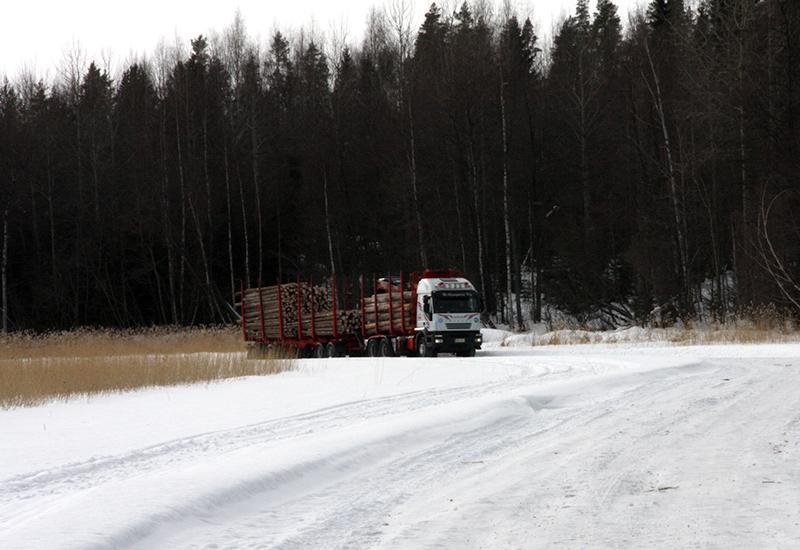 koura-autot-kuljetuspalvelut-puunkuljetus-3