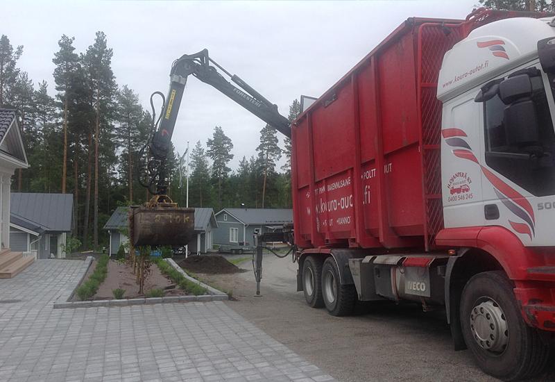koura-autot-nosturityot-maa-ainesten-levitys4